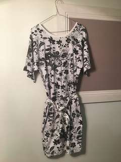 Country Road Stretchy Dress Floral