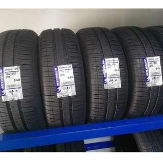 185/60R15 Michelin XM2