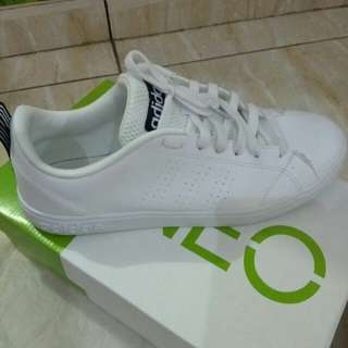 Sepatu Neo Adidas Advantage Original