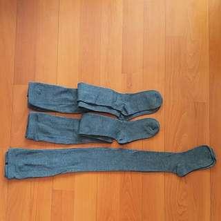 二手 返學深灰色襪褲 3條$15