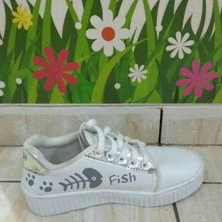 Sepatu Kets Wanita Motif Fish