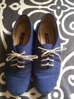 Artwork Blue shoes
