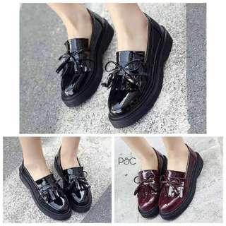 Sepatu Docmart Vintage Lucu