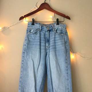 DENIM HIGH WAISTED JEANS