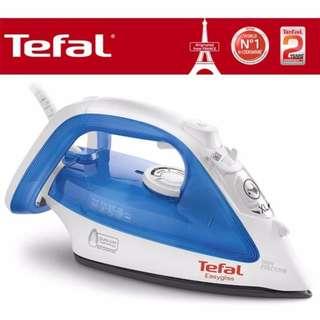 Tefal 2200W Steam Iron EasyGliss FV4010