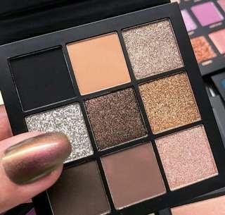 Huda Beauty Smokey Brown Obsession Eyeshadow