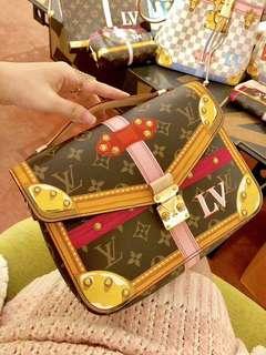 Louis Vuitton Pochette Metis ss18