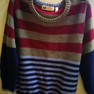 Pre-loved knitted Sweat Shirt