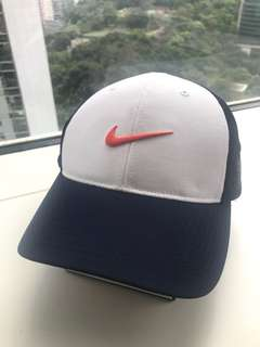 Nike Vapor RZN Golf Fitted Cap in ML size