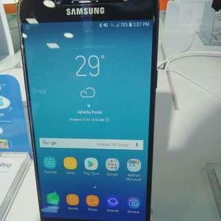 Samsung J7+ dan seri J yang lain masih promo, free biaya admin dan free satu kali cicilan.