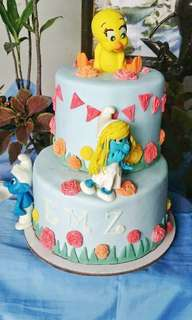 Tweety and Smurf Cake