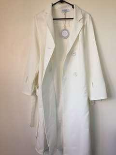 NEW White Coat : Size 10 Wild Mantra