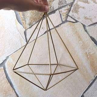 Gold geometric terrarium deco piece (Large)