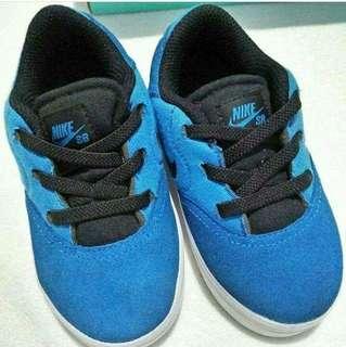 Nike sb toddler