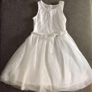 White Tulle Lace Dress (Fox) 7-8Yrs Old