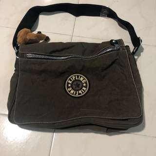 KIPLING MEDIUM SIZE SLING BAG