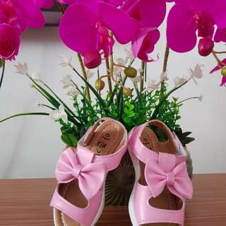 Girls shoes(size 26)