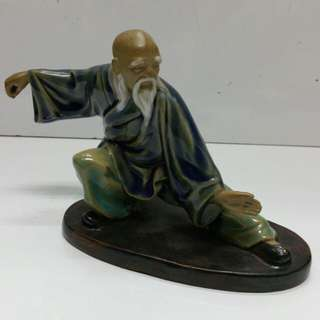 Chinese porcelain statue 'Kung Fu master'  L18xH13cm