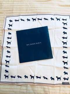 🚚 Burberry 純棉狗狗圖案手帕領巾圍巾日本製