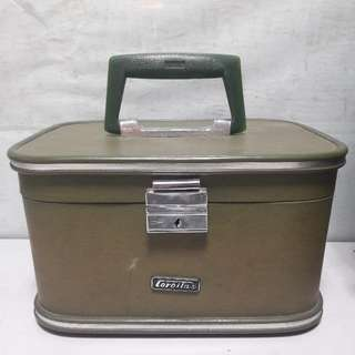 Vintage Retro Corolla Make-up Case - 30cm