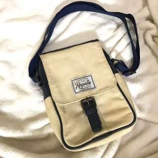 Regatta shoulder bag