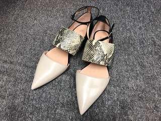 [全新] Warehouse flat shoes 尖頭平底鞋 Size: 36