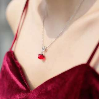 💋snow ball necklace S925 sliver anti-allergy  💋純銀聖誕雪花圓球❄️鎖骨鏈系列頸鍊 防敏感
