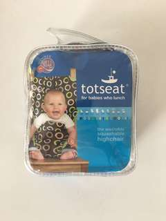 Tot bag - foldable travel chair for babies