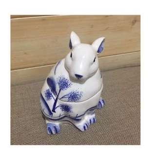 🚚 青花瓷兔 蠟燭盒 擺飾品