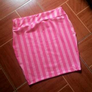 Pink stripes bodycon skirt