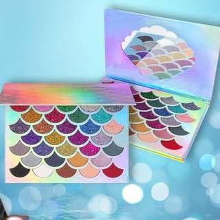 😊 Cleof Glitter Mermaid Eyeshadow Palette 😊