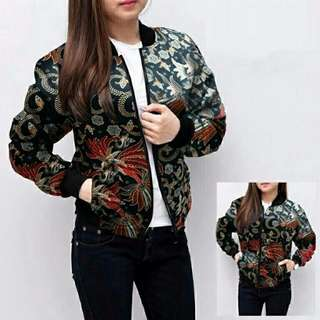 BOMBER BATIK FELLOW