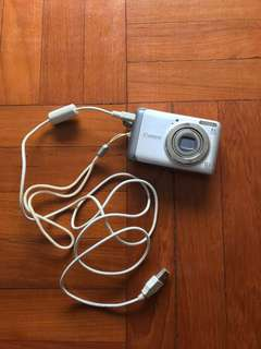 Canon camera Powershot A3100 IS