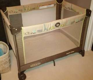 To bless Graco Playpen