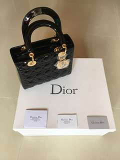 **Reduced Authentic Lady Dior medium patent leather