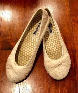 Lower East Side White Ballet Flats (Size 9)