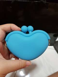 Blue heart shape silicon coin pouch