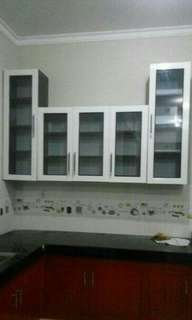 Kitchen set / lemari gantung