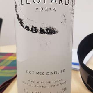 1.75L snow leopard vodka