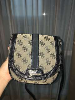 guess sling bags