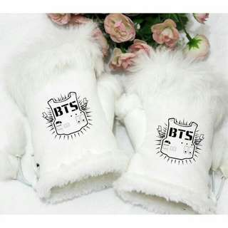 BTS half finger glove