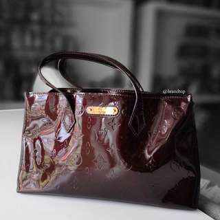Authentic Louis Vuitton Vernis Wilshire Pm LV