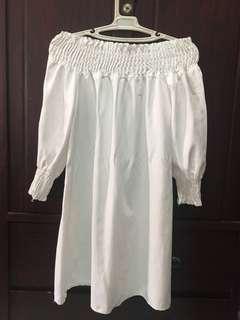 White off shoulder cotton dress