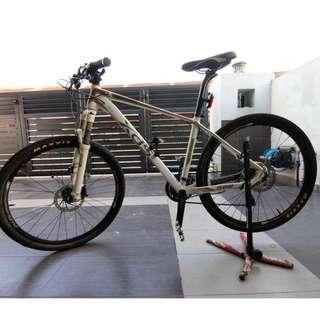 XDS mountain bike