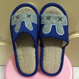全新✨深藍兔子室內拖鞋