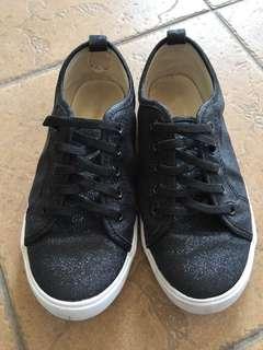 Pre❤️ H&M Girl Shoes EUR33