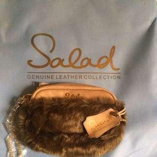 Salad 啡綠色毛毛斜揹小手袋
