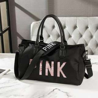 SPACIOUS TRAVEL BAG | great for your next getaway