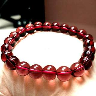 天然開光紅水晶手鏈(強大的正能量可以驅散陰鬱和負面能量) Natural Bright Red Crystal Bracelet (Powerful Positive Energy Can Disperse Gloomy and Negative Energy)