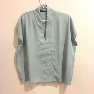 Shopatvelvet blouse - light blue